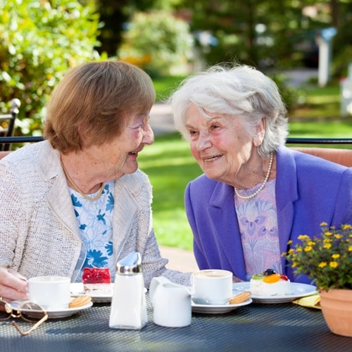 3 compelling reasons to move into a retirement community