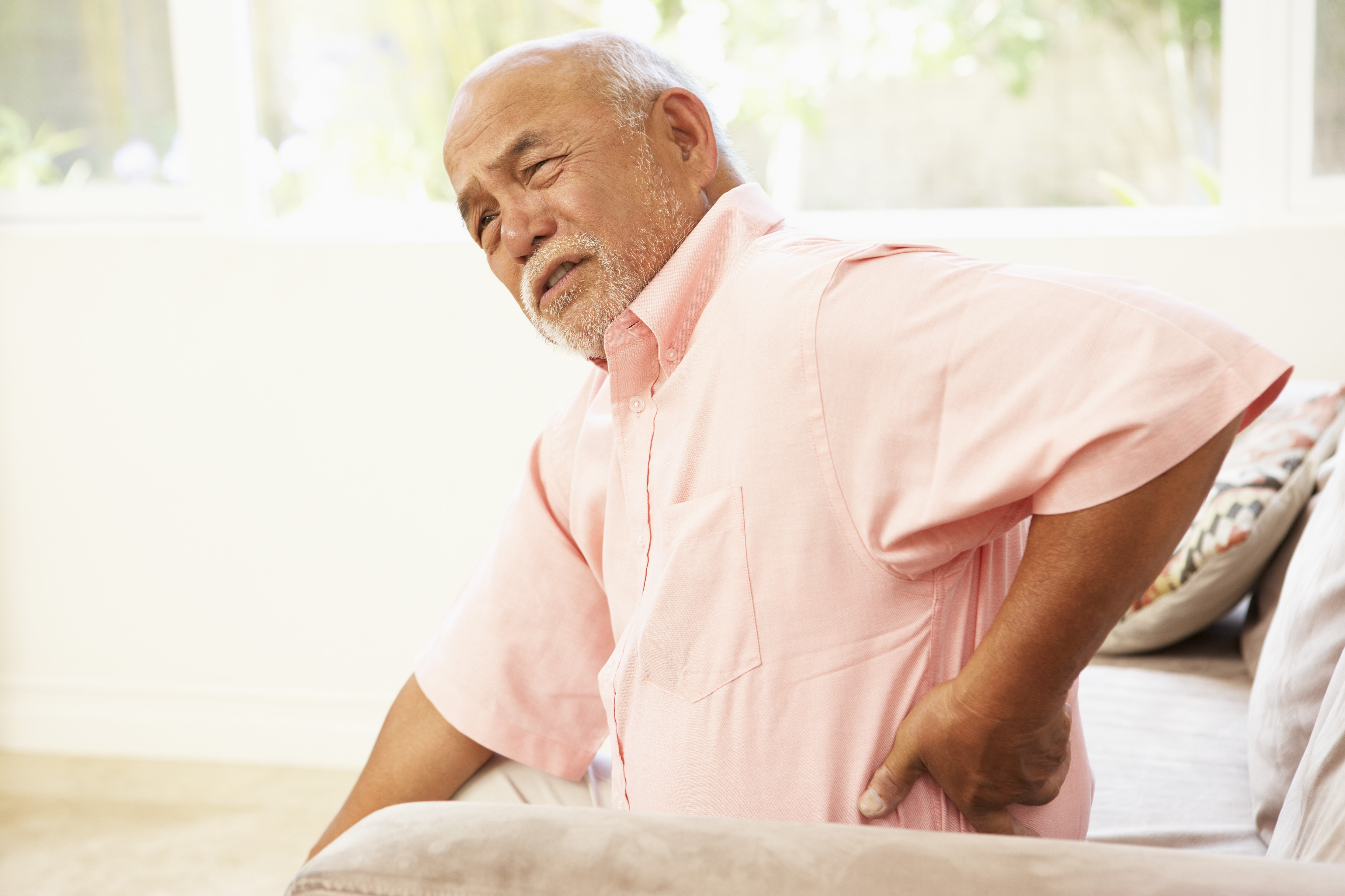 How to treat sciatic nerve and back pain