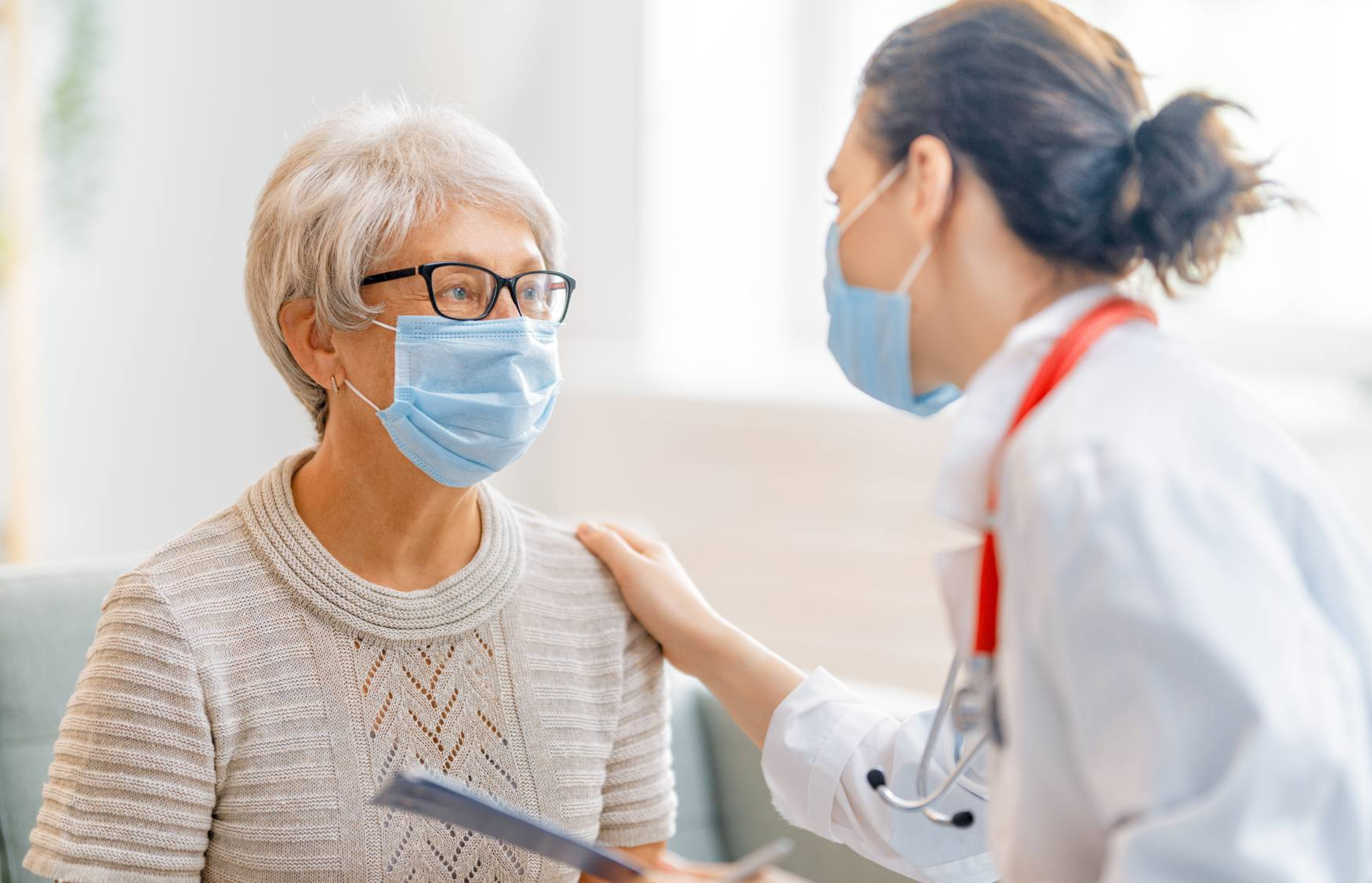Flu and pneumonia shots offer double protection for seniors