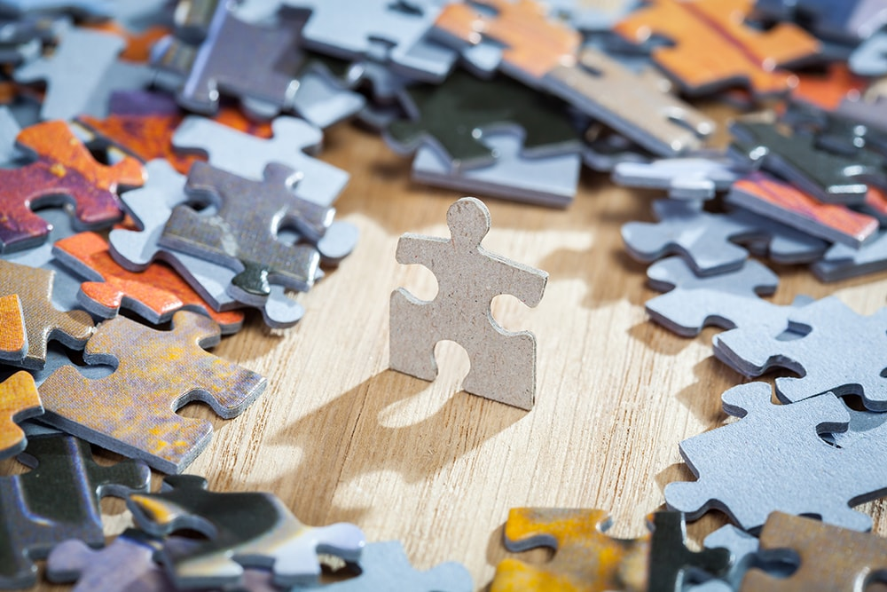 4 cognitive benefits to jigsaw puzzles for seniors