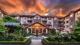 stunning exterior of Chartwell Renaissance Retirement Residence