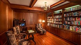 Quiet, cozy library in Chartwell Anne Hathaway retirement residence